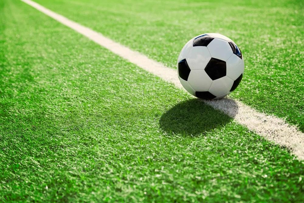 Soccer-ball-0-71942922_m.jpg