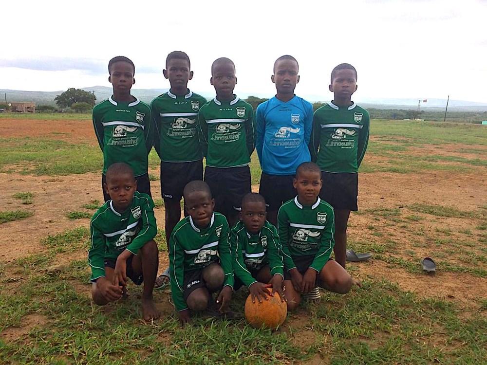 iYababa_F.C._junior_team.jpg