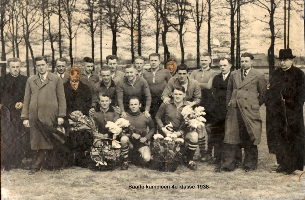 Baarlo_kampioen_4e_klas_1938.jpg