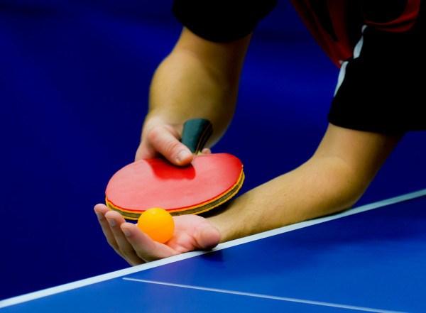 depositphotos_12167700-stock-photo-service-on-table-tennis.jpg