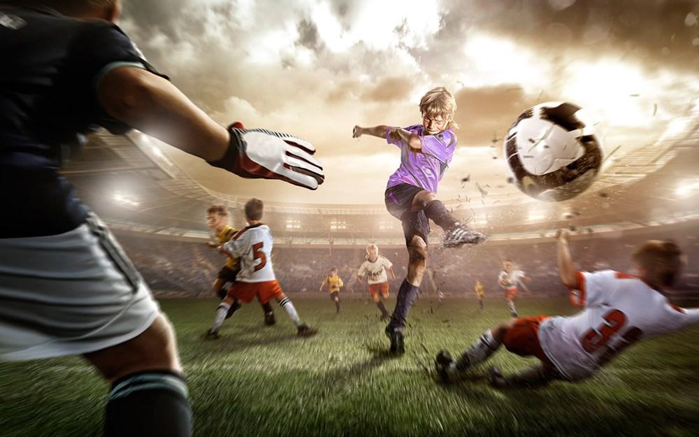 Cool-Soccer-Wallpaper-PurpleShirt-Free4.jpg