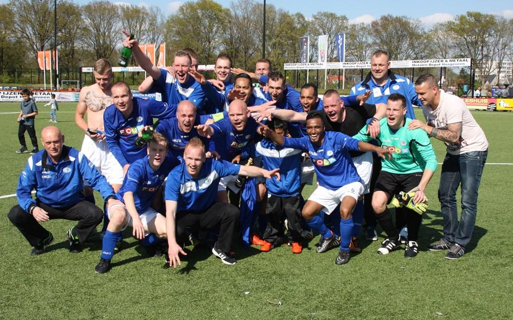 VV Hoogeveen promotie Hoogeveen zaterdag 02-05-2015