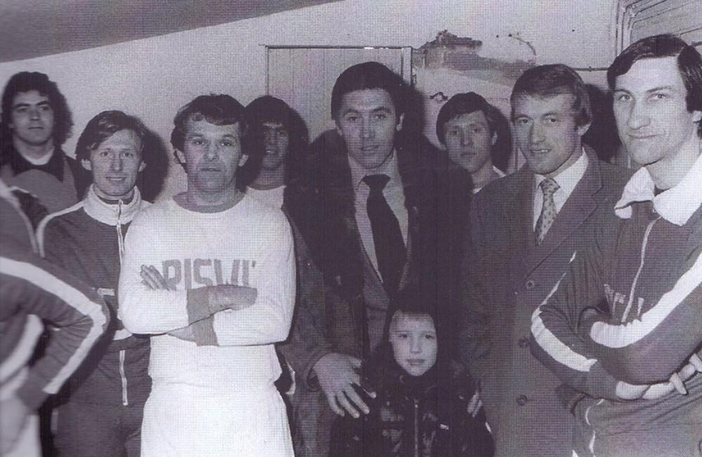 Eddy_Merckx_en_Paul_Van_Himst_op_HVV-bezoek.jpg