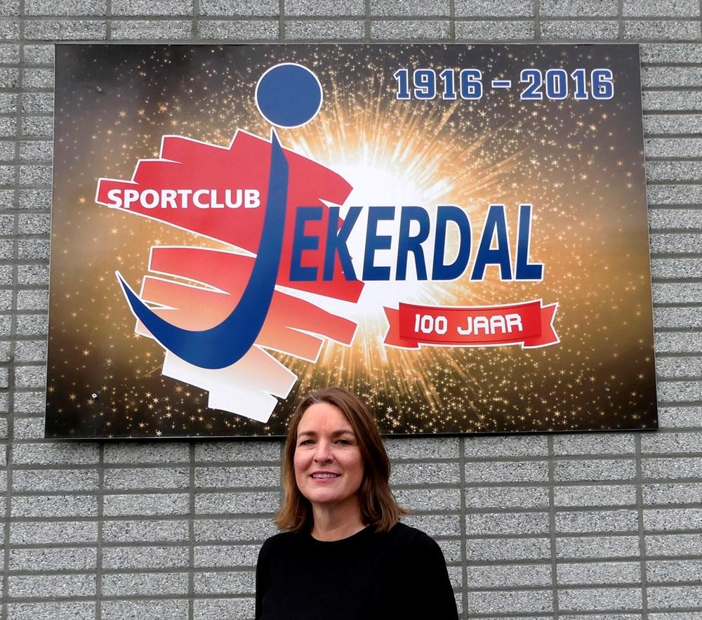 Tineke_Oosterloo_-bestuur_2020.JPG