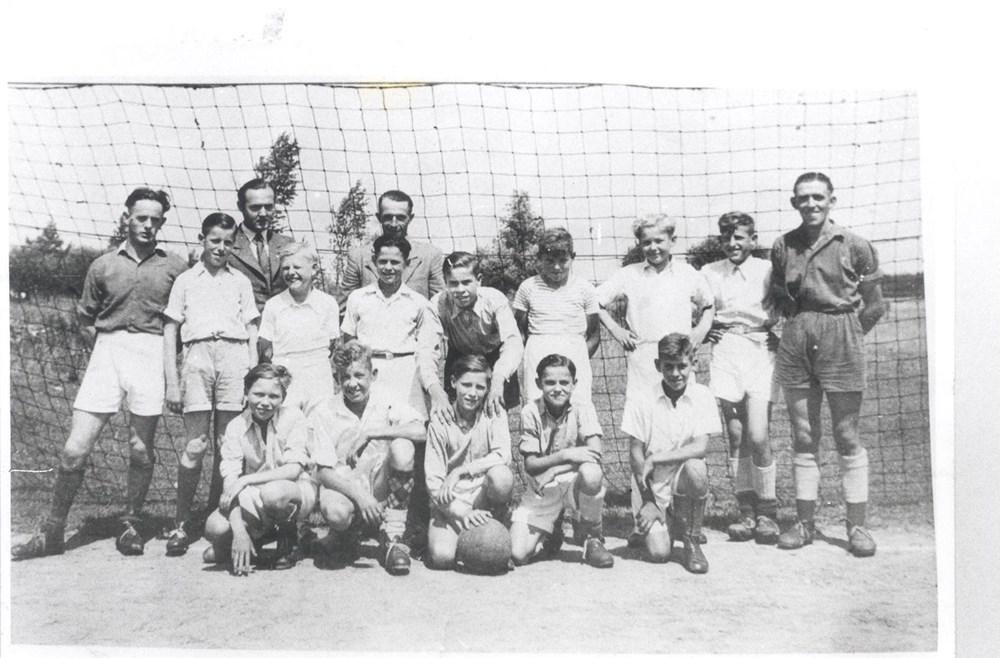 19461947_Jonge_Kracht_B_Junioren_kampioen.jpg