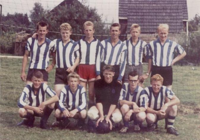 Tweede elftal uit 1963