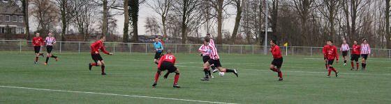 Derby tussen Dilettant en DCV in Nieuw-Lekkerland
