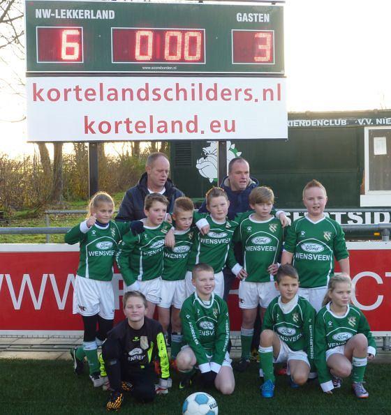 Nieuw-Lekkerland E2 kampioen