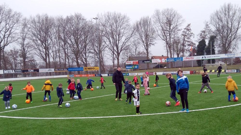 Voetbalschool_maart_2021_9_bew.jpg