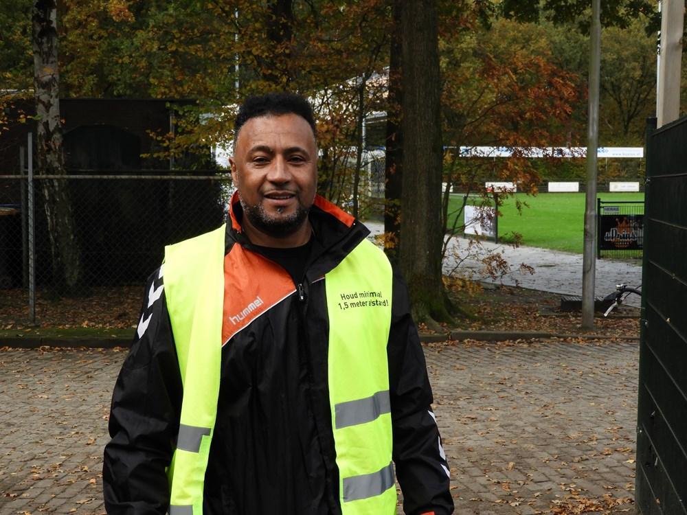 Antonio, vrijwilliger op zaterdag voor de jeugd.