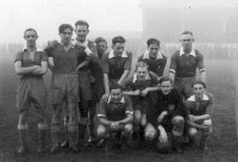 Het kampioenselftal uit 1943-1944